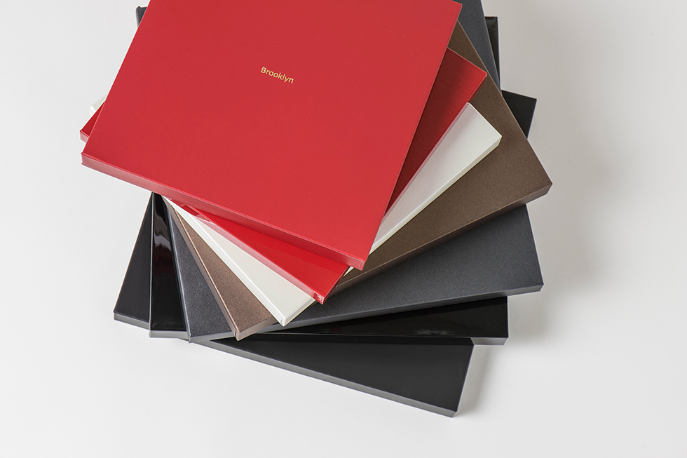 AsukaBook Zen Layflat EX Photo Book Case color options for the Zen EX - black or red in glossy or matte, ivory pearl, chocolate pearl, black pearl